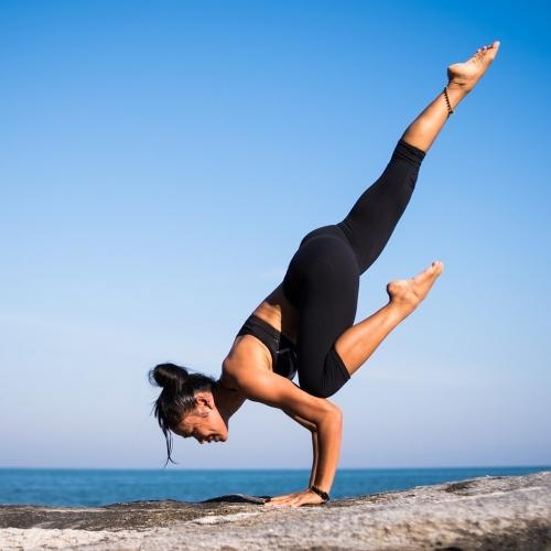 yoga-2587066_19201-bis