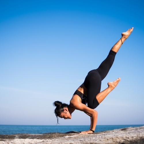 yoga-2587066_19201